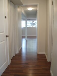 $975 Avail now in Central Calgary, 2 bd large, bright suite