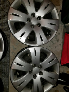 "Subaru rims and hubcaps - 16"" - 4"