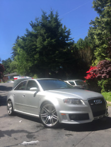 Original Silver 2007 Audi RS4 For Sale W/ CARFAX. 110000km.