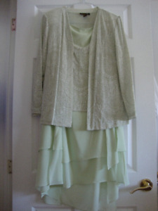 MOTHER OF THE GROOM / BRIDE  OUTFIT