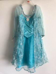 Disney Elsa Dress Size: Small