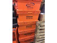 Plastic crates large x5