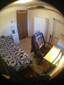 Room available - INCLUDES MEALS - walk to VIU