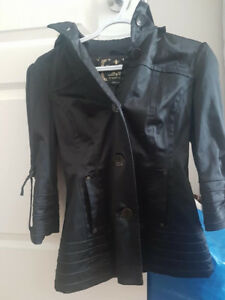 women's Guess 3/4 trench coat size small