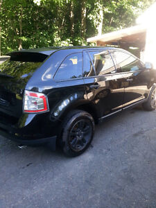 Ford Edge 2010 seulement 102000km !!
