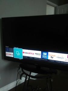 Samsung UN46H5203 46-Inch 1080p 60Hz Smart LED TV