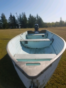 14 foot Crestliner boat with 20 HP Johnson