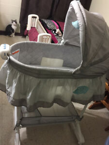 BILY bassinet. Gently used for 3 months.