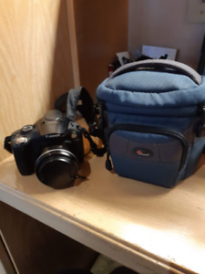 Canon Powershot SX30IS w/ 8GB SD Card & Lowe Pro Travel Case