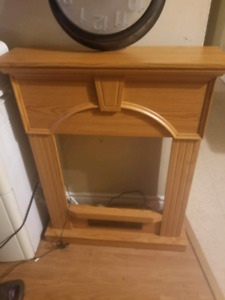 New never used very solid mantel