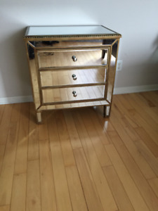 Meuble Miroir 3 Tiroirs ** Mirror 3 Drawer Dresser / Nightstand