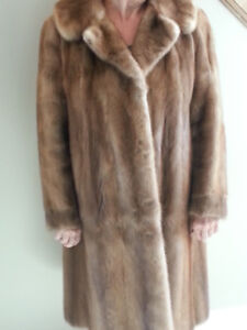 Vintage Full Length Mink Fur Coat (Ladies size 8 - 10)