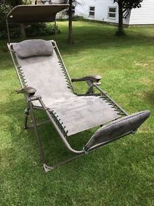 Zero gravity lawn chair(1)