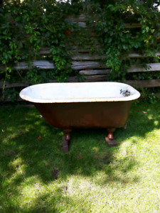 Antique 1927 Solid Cast Iron Claw Foot Tub