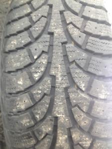 2 pneu hiver hankook 205-55-r16