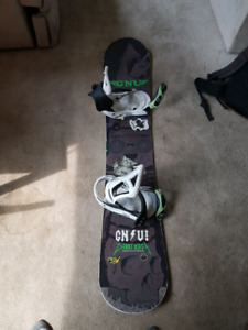 GNU snowboard with burton custom bindings