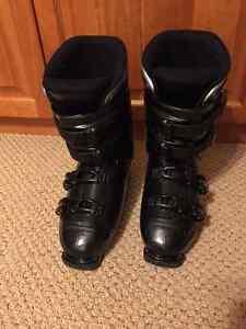 Ladies DALBELLO sz 9.5 Boots