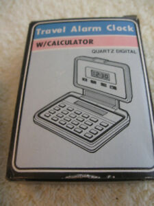 VINTAGE [LATE '80's] COMPACT TRAVEL ALARM CLOCK / CALCULATOR