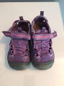 Size 8 toddler shoes Kitchener / Waterloo Kitchener Area image 2