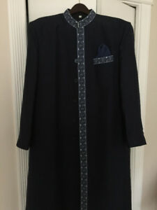 Brand New Man's Indian Suit ( Sherwani ) in Navy Blue. size 44.