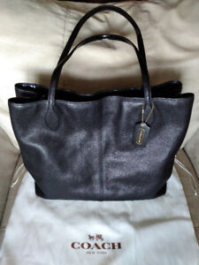 Authentic Coach XL Pebbled Leather Shopper Travel Tote 29429
