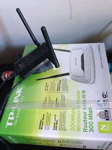 Adaptateur wifi Rosewill + router 300mbs TPlink