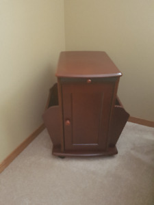 Chairside Table and Magazine Rack