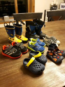 Size 6T boy shoes