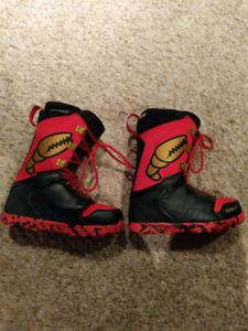 32 'Lashed Crab Grab Edition' Snowboard Boots Size 11