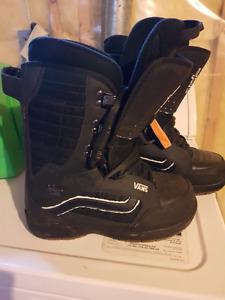 Vans snowboard boots