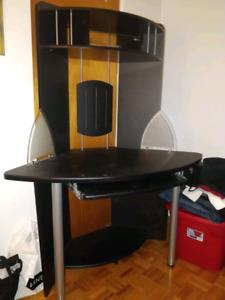 bureau de travail et espace d'ordinateur