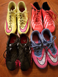 Outdoor Soccer Shoes (4 pairs)