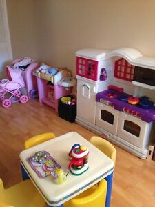 Full Time Day Care Spot Available End of Feb/2017,Forest Heights Kitchener / Waterloo Kitchener Area image 2