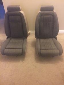 91-93 5.0 Mustang Grey tweed lumbar seats