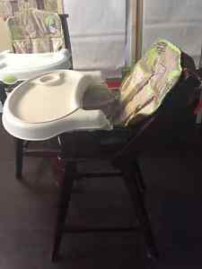 Solid wood high chairs Cambridge Kitchener Area image 3