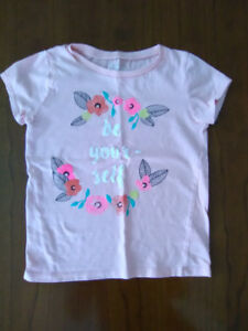 Osh Kosh B'Gosh size 5 girls t-shirt