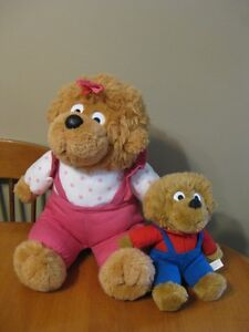 BERENSTEIN BEARS PLUSH DOLLS SISTER AND BROTHER BEAR