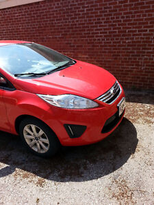 2013 Ford Fiesta Sedan - 22,116 kms