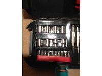 Tool kit set with torch in carry case