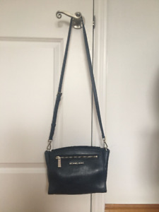 Authentic Michael kors leather messenger bag
