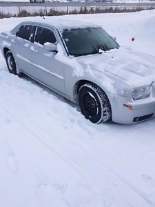 08 Chrysler 300 touring