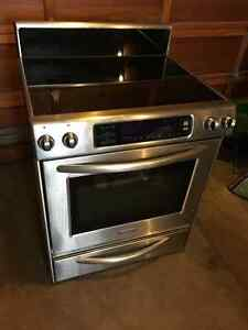 High end Stainless Kitchen Aid convection stove/oven