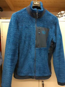 Chandail manteau - Polar Monkey Man Mountain Hardwear.