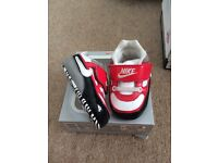 Nike baby trainers (size 2.5)