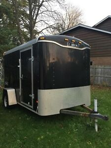 Enclosed Haulmark trailer with ramp 6 x 10
