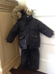 GAP SNOW PANTS & COAT  Size: 12-18
