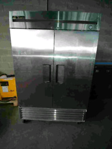 TRUE t49 refrigerator used
