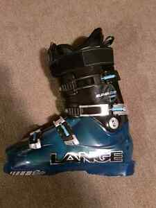 Lange Supercomp ski boots