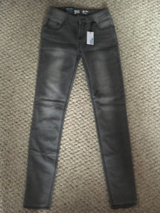 **BRAND NEW** Grey Mid-Rise Skinny Jeans, Size 24