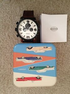 Authentic men's fossil watch- NEW